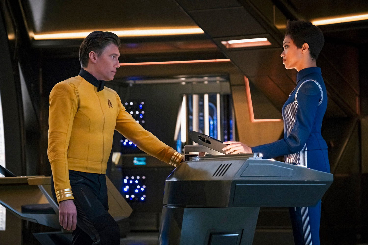 Captain Pike und Michael Burnham
